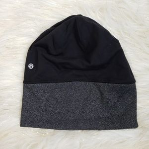 Lululemon | Run It Out Beanie With Pony Tail Hole